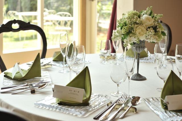 ラ・クラリエールの写真「~〈Cantine~カンティーヌ〉ローズガーデンのある会場~テーブルコーディネート一例」