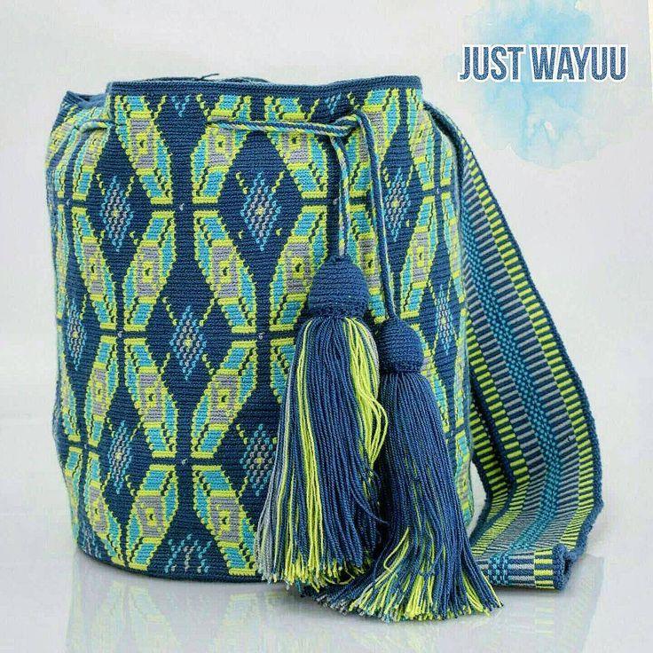 251 отметок «Нравится», 9 комментариев — Just Wayuu (@just.wayuu) в Instagram: «Handcrafted handbags made by indigenous wayuu in the north of Colombia. Worldwide shipping – envíos…»