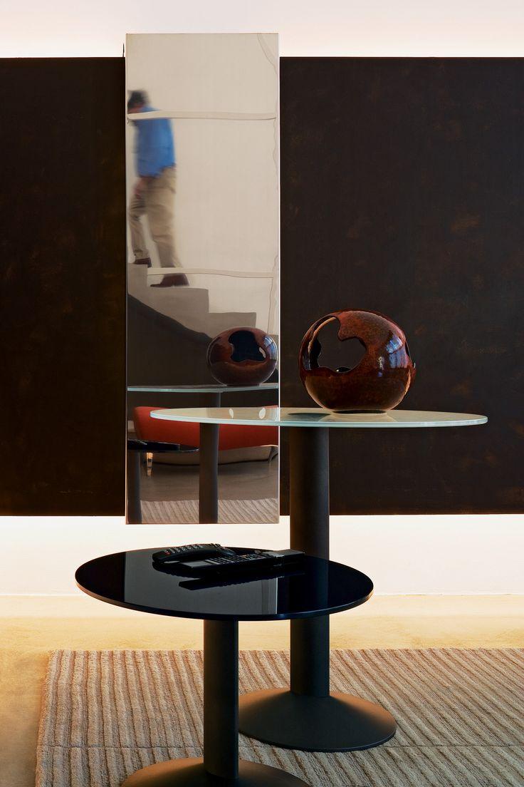 Change of season? Change of color! 🍂  (Photo: Ellipse tables by Bartoli Design, learn more on: http://www.segis.it/en/products/Ellipse/)
