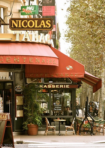 bastille restaurant paris france