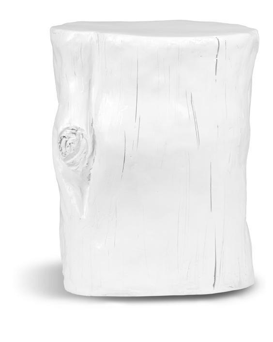 Deze witte kruk heeft een enorm stoere maar ook strakke uitstraling, een echt pronkstuk in je kamer. Ook te gebruiken als bijzet tafel naast je bank of bed, 42 cm hoog en 30 cm doorsnee.