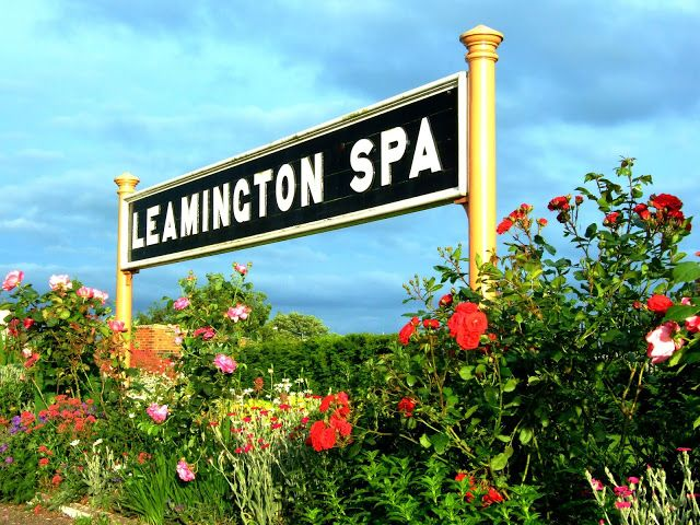 #signs #railways #railwayphotos #ukrailways #ukrailwayphotos #nightphotos #railwaystations #ukrailwaystations #stations #england #britain #uk #railwayphotography  Along These Tracks Railway Blog: Day and Night Photos of Leamington Spa Platform Si...