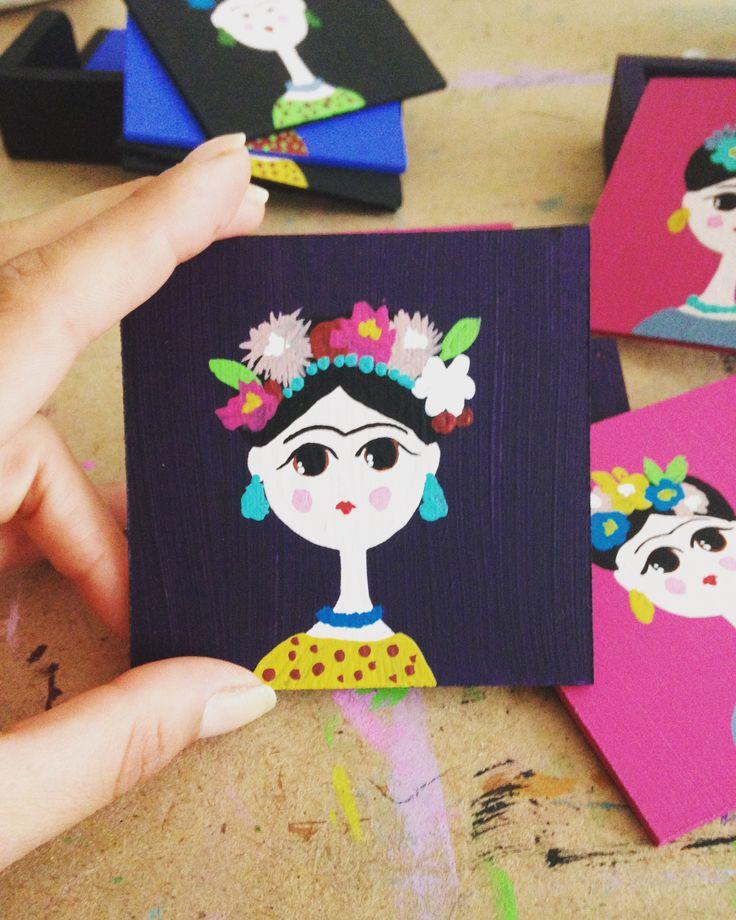 Frida bardak altlıkları..Ahşap boyama kursu perili atölyede. Karşıyaka izmir