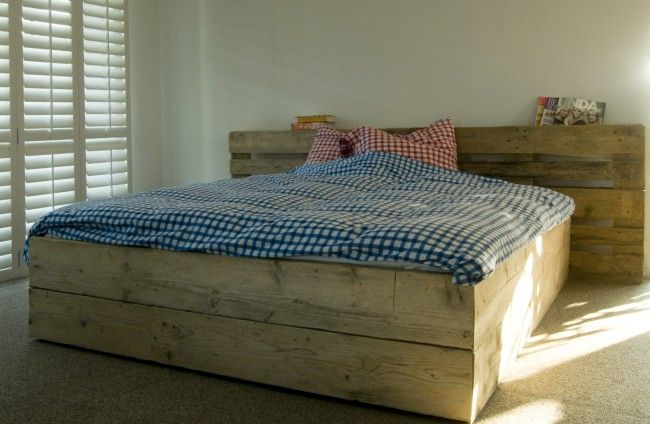Steigerhout bed 'Pallet', steigerhout bedden, bed steigerhout, steigerhouten bed, steigerhout bed by Livengo.nl