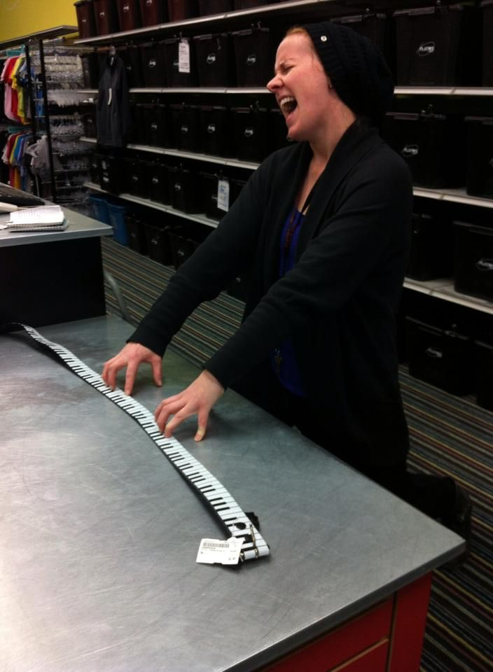 Carly's jammin' out at #PlatosBarrie - Pick up this awesome piano belt & you can rock it just as much as she does! | www.platosclosetbarrie.com