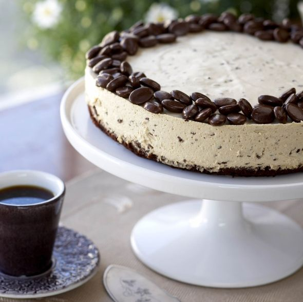 Cheese cake with coffee and chocolate - Suklainen kahvijuustokakku, resepti – Ruoka.fi
