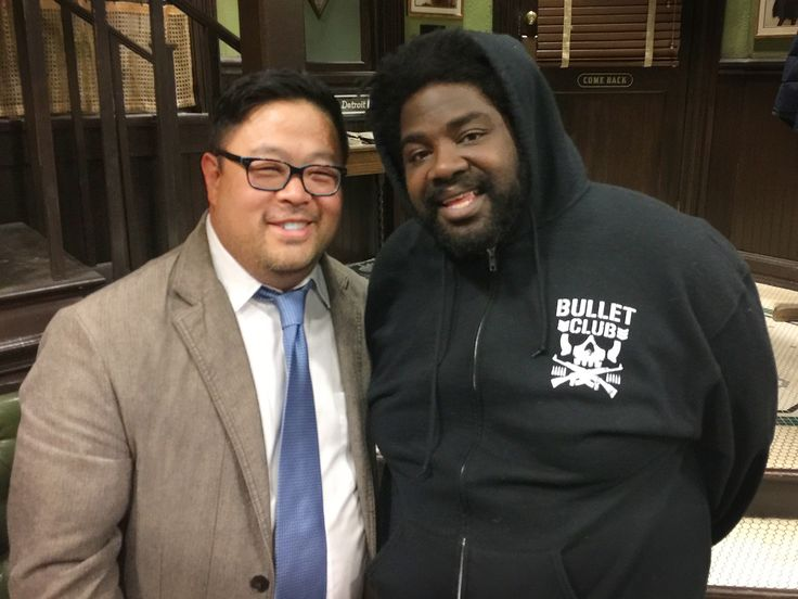 We talk to Ron Funches​ & the rest of the cast of NBC's Undateable​ about jetpacks, gold bars & tonight's live episode (which we'll be attending and live tweeting). Read on and see more photos: http://chubstr.com/2015/entertainment/ron-funches-david-flynn-nbc-undateable-live-episode/