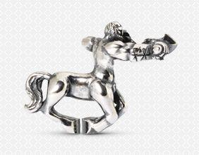 Τοξότης - Μισός άνθρωπος και μισός άλογο, ατενίζει το μέλλον. Ψάχνει για την αλήθεια και την ομορφιά. Μην προσπαθήσετε να μπείτε στο δρόμο τους όμως - είναι ανελέητα ειλικρινείς και θα πουν ακριβώς αυτό που σκέφτονται για εσάς.