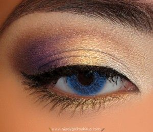Aside from the fake blue contact, I like this look.: Purple Eyeshadows, Purple Makeup, Eye Makeup, Color Combos, Eye Shadows, Makeup Ideas, White Gold, Makeup Eyeshadows, Blue Contact