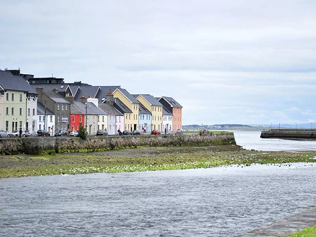 Doing Ireland on the cheap -- how to see it all and save a fortune