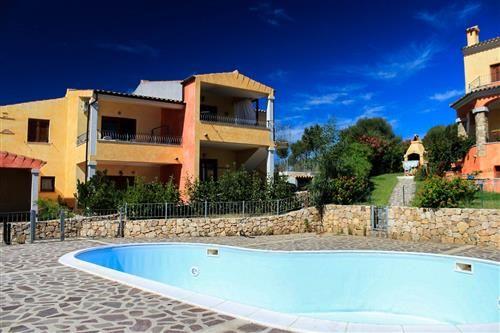 SARDEGNA - BUDONI - TRILOCALE ARREDATO CON STUPENDA VISTA MARE 135.000 Euro! Contattaci per maggiori dettagli #sardegna #immobiliare #agenzie #vista #mare #piscina #case #vendita