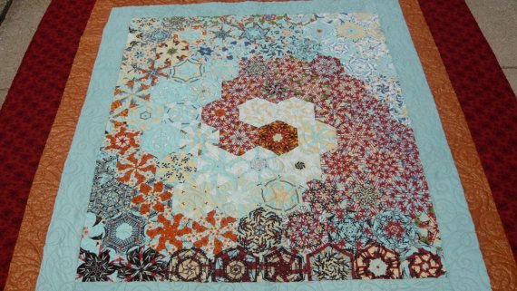 Wave of Red Stars, a One Block Wonder Quilt, queen size --- Now this is a One Block Wonder I could seriously love.