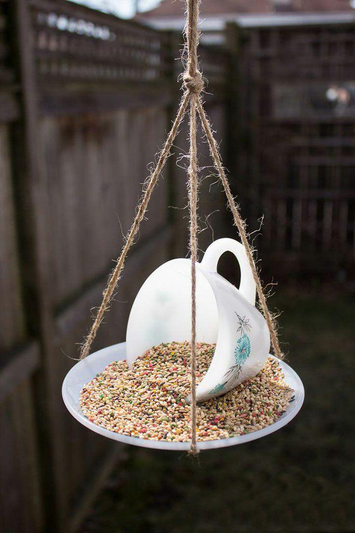 Coole Bastelideen DIY bastelideen alte küchenkrams kaffetasse vogelhaus mini
