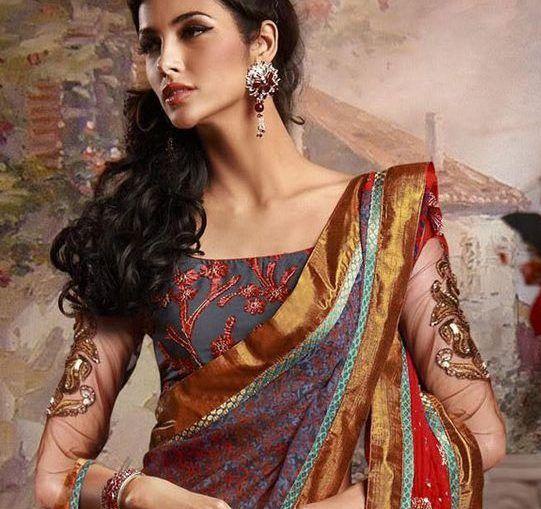 SAREE IS THE MAGIC INDIAN DRESS sarees lie between tradition and modern attire Written by Gabriele Sportoletti #indianfashion / #saree #Fashion #India #mindfulness #conscious #welum #readonwelum #creativity