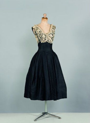 Dior 1955- what a gorgeous dress! Rehearsal dinner idea (not that exact