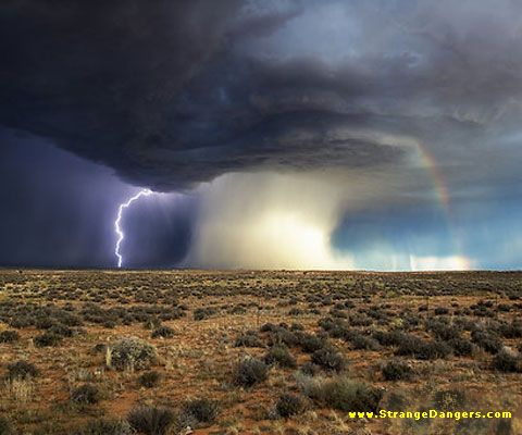 thunderstorm In tornado alley these are a common ...   Tiger Coming Out Tornado Lightning