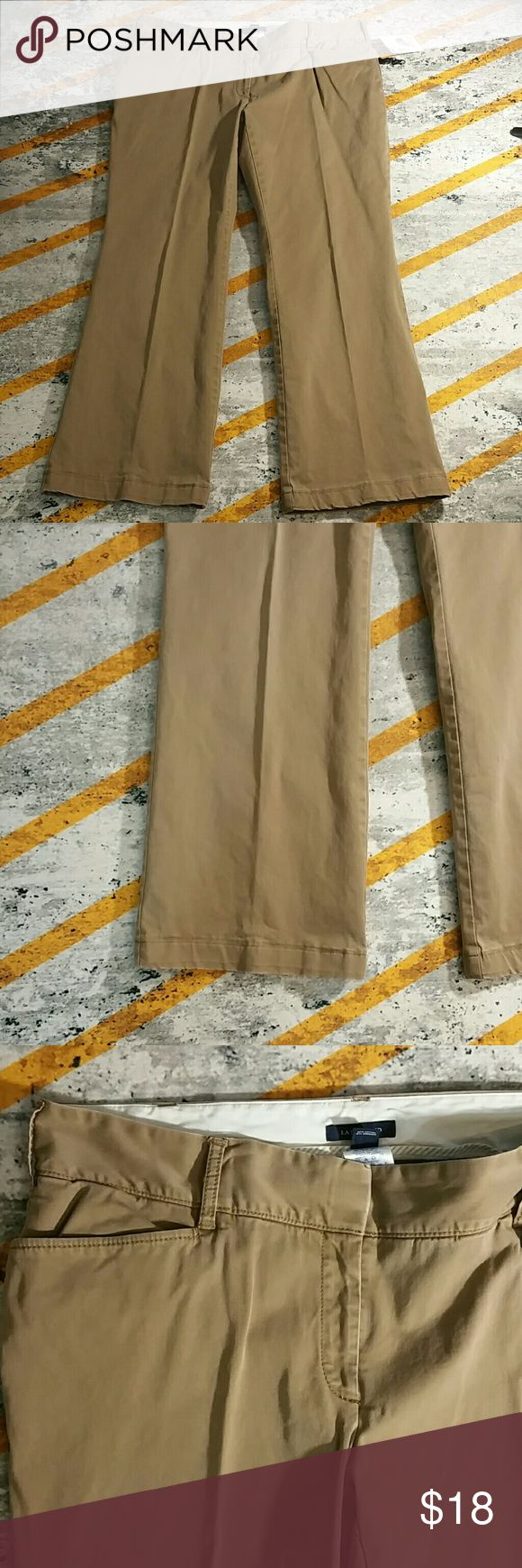 Petite plus Wide leg brown Chino 70060 Classic Chino in wide leg style with hook and zipper closure. Back button pocket in a nice cappuccino brown. Size is 16WP Lands' End Pants Trousers