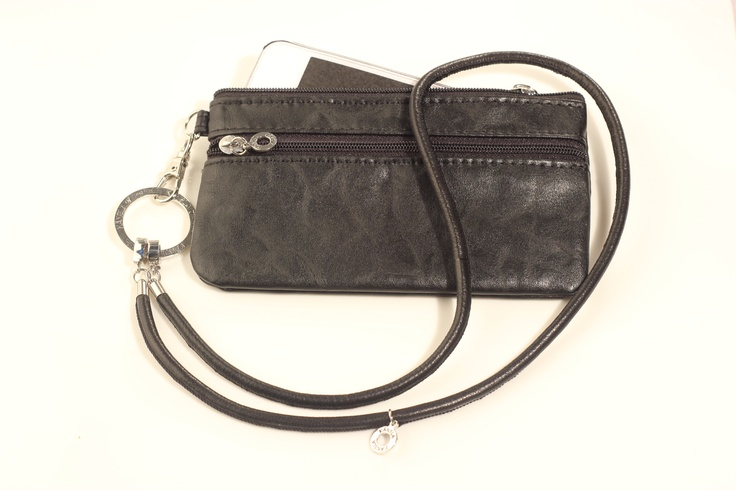 Leather and Stainless Steel Necklace with Mobile Phone Clutch. Beautiful!  kansla.se