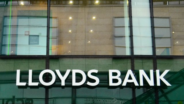 Why Lloyds Banking Group PLC And Banco Santander SA Are Two Of The Best Banks In The World   The Motley Fool UK