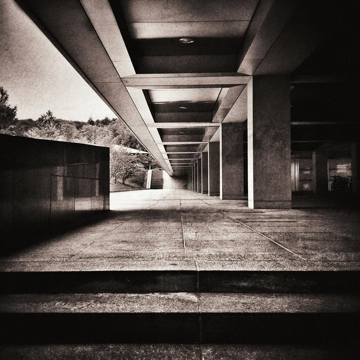 Perspektive by Thomas Lottermoser: http://pinterest.com/manganite/