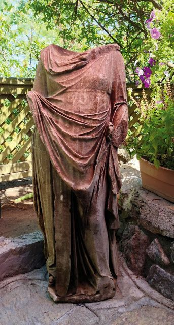 Sculpture of a woman discovered in Kaunos
