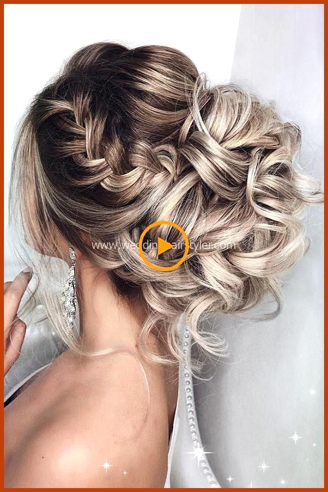 Excellent Boho Aise Huwelijkskapsel Voor De Spacieux Chevelure Met Bloemen Bruiloftskapsels Half Chevelure En Make Coiffure Mariee Coiffure Mariage Coiffure