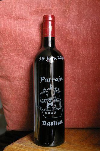 #bouteille personnalisée#gravuresurverre#baptême