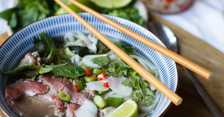 Pho bo / Pho Thai - Vietnamesische Reisnudelsuppe mit Fleisch