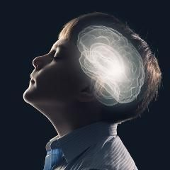 Résultats positifs d'une thérapie génique chez des enfants atteints d'une maladie génétique rare (France)