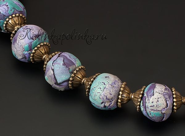 Polymer Clay crackled watercolor effect beads on Kollika's blog