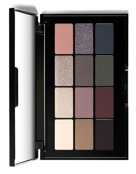 This 12-shade, multi-texture palette by Bobbi Brown has a wide range of eyeshadow options for various everyday looks. / @nordstrom