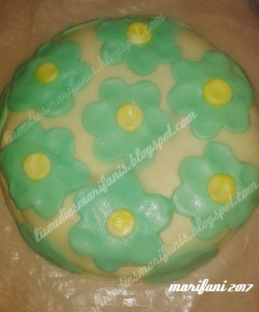 Οι λιχουδιές της Μαριφάνης: Παιδική πίτα με ζαχαρόπαστα μαργαρίνης