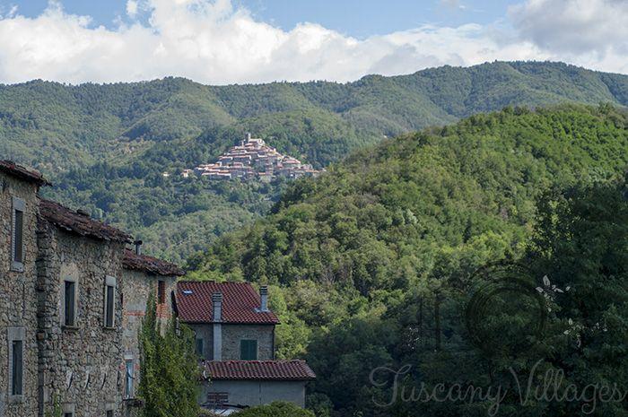Village of Castelvecchio, a view from the cafe/bar.  Festa of the Ham Sandwich/Sagra Del Panino Con Il Prosciutto