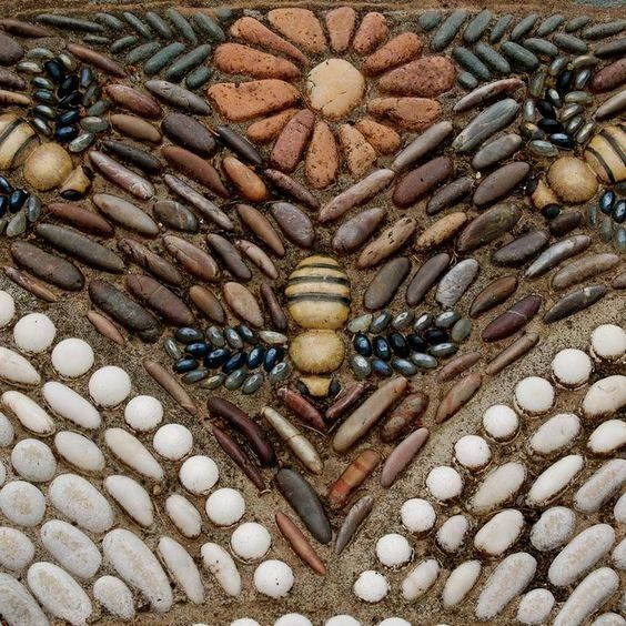 (43) Big Red Barns and an Old Yellow Farmhouse from Plantdreaming: Pebble mosaic of bees