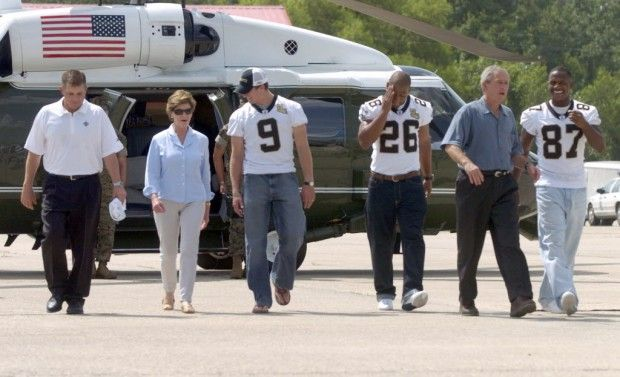 George W. & Laura Bush with Drew Brees, Deuce McAllister & Joe Horn