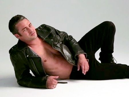 Taylor Kinney shirtless | Taylor Kinney – Shirtless in a Leather Jacket? Yes, Please! : Video ...
