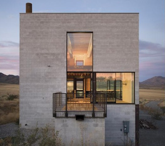 78 images about besser breeze block on pinterest cinder for Cement block house