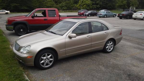 Clean 2004 Mercedes C-320 4-Matic (Cleveland) $4000: QR Code Link to This Post condition: goodcylinders: 6 cylindersdrive: 4wdfuel:…
