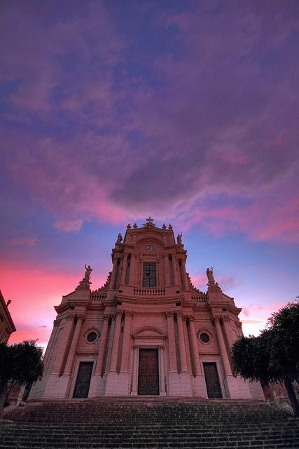 The #sunset sky above #Modica, #Ragusa
