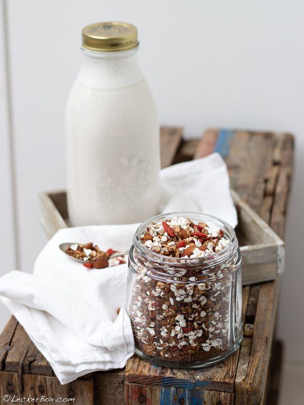 Aus Mandelmilch wird Schoko-Knuspermüsli und ein gesunder Bauch!