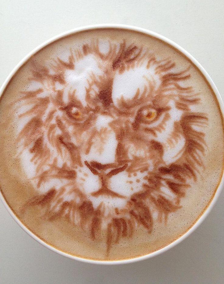 Latte Art: León