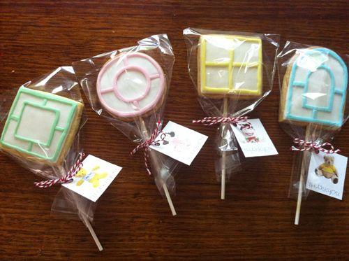 Playschool Cookies: How to make Playschool window cookies. - Tutorial and video clip.