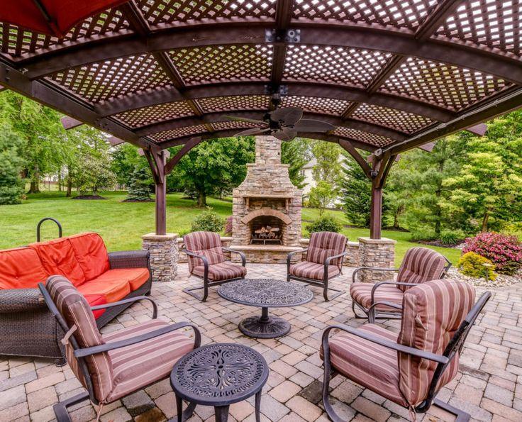 Schindler Lane Monroe Large   Outdoor Living Area X