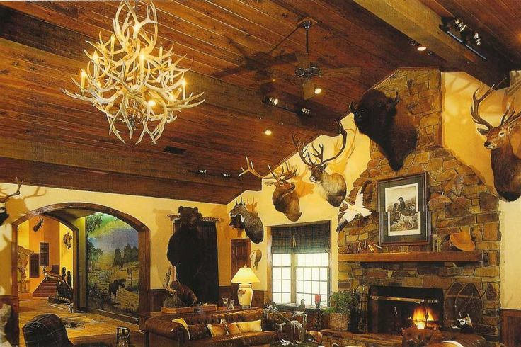 Hunting trophy rooms trophy room house design for Trophy room design