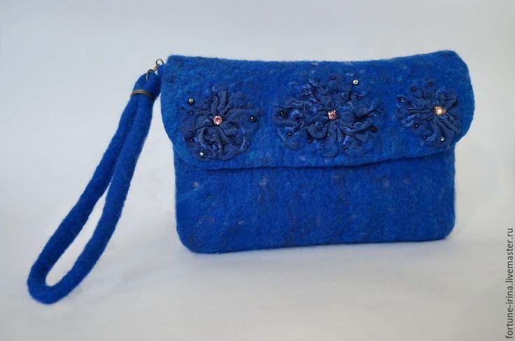 Купить Валяная сумочка- клатч Кружевные цветы - синий, сумочка женская, клатч, сумка клатч