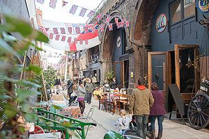 London's food markets.     Maltby Street, Spitalfields Market Borough Market, Venn Street Market