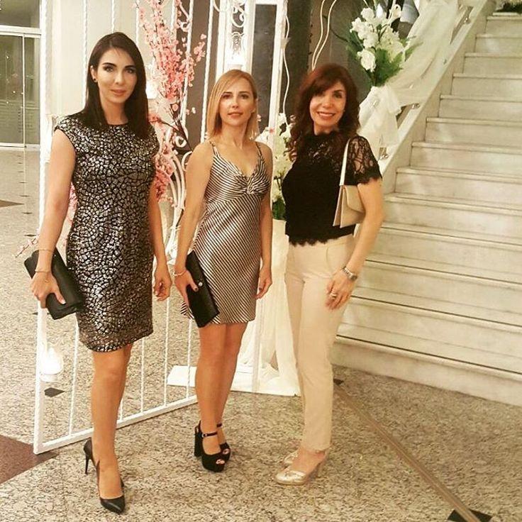 Engelsiz Yaşam Vakfı  Yönetim Kurulu Üyesi Yavuz Toraman beyefendinin kızının düğün töreninde Vakıf genel koordinatoru sevgili dostum Şeniz Ulusoy ve Yönetim kurulu üyesi sevgili dostum Pınar Erdem ile yeni yapacagimiz etkinlikler hakkında istişare molasinda�� Engelsizyasamvakfi#düğün#dost#etkinlik#projeler#happy#friends#wedding#istanbul http://turkrazzi.com/ipost/1524841974111362802/?code=BUpU7JNg17y