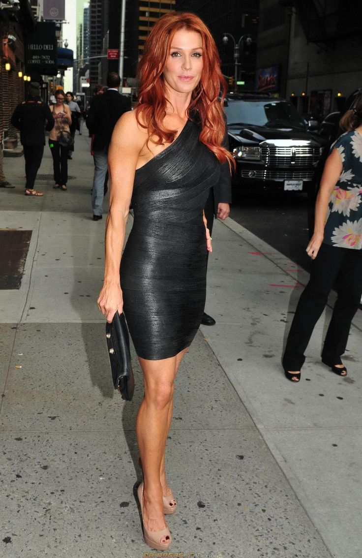 Poppy Montgomery ~ Tight Leather