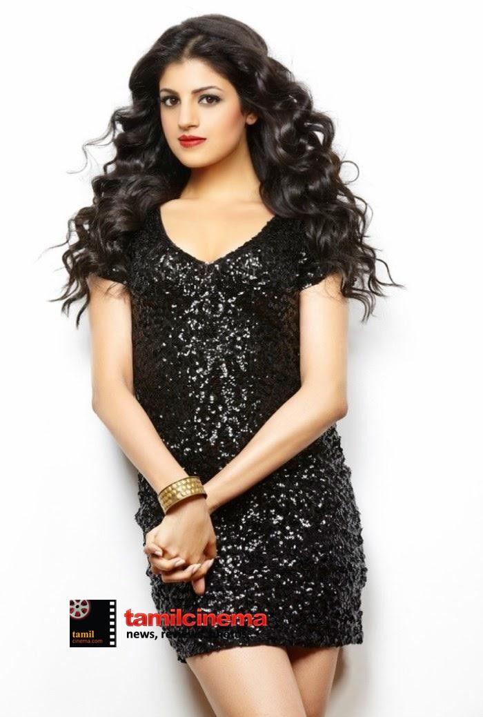 Actress #SapnaSehravat Images  More Photos: http://tamilcinema.com/actress-sapna-sehravat-images/