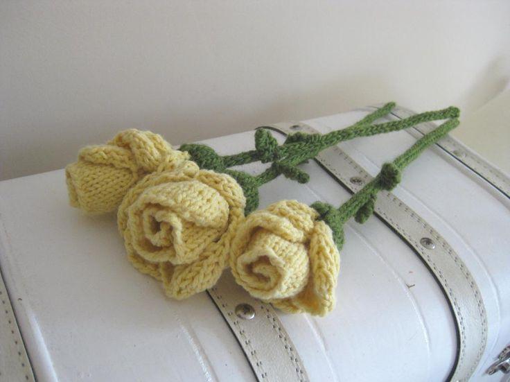 Knitting Rose Pattern : Lovely knit rose patterns on craftsy june flower